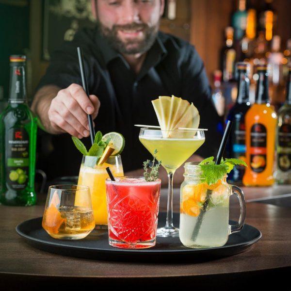 Screenshot_2020-03-25 HOCH5 Bar - Lounge - Café ( hoch5bar) • Instagram-Fotos und -Videos(2)